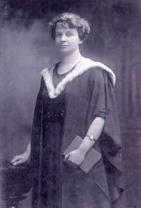 Dr Fanny Reading